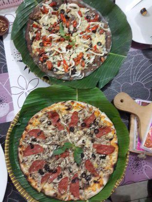 Foto 2 - Makanan di LaCroazia Pizza Bakar oleh Arancxa Dupont