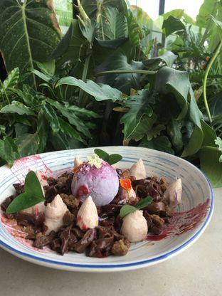 Foto 31 - Makanan di Egg Hotel oleh Prido ZH
