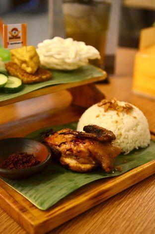 Foto 2 - Makanan di Ayam Baper oleh Couple Fun Trip & Culinary