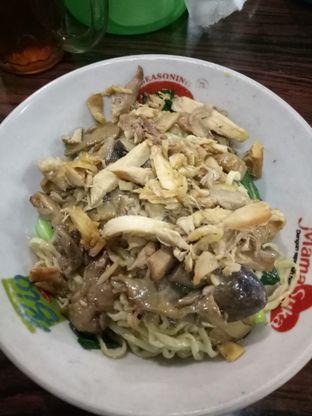 Foto 1 - Makanan di Bakmie Tip - Top oleh @duorakuss