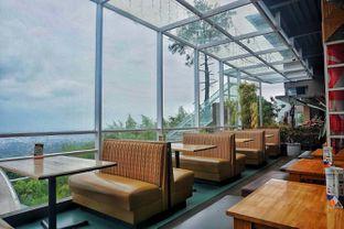 Foto 7 - Interior di Cocorico oleh Fadhlur Rohman