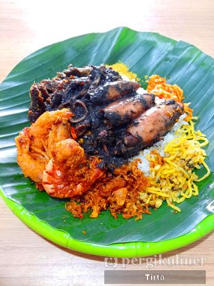 Foto 1 - Makanan di Warung Sego Maduro Suramadu oleh Tirta Lie