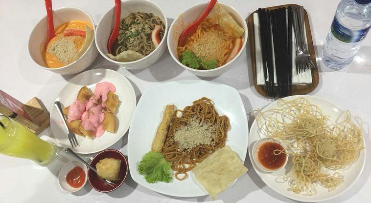 Galeri Foto Makanan Dan Suasana Di Mie Extreme Bintaro Tangerang