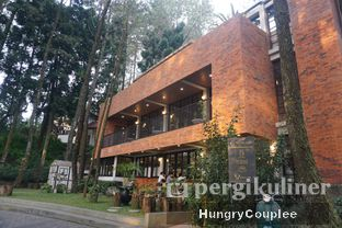 Foto 10 - Eksterior di The Lake House - Pesona Alam Sedayu Hotel oleh Hungry Couplee