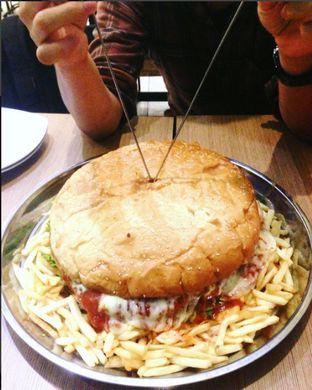 Foto - Makanan di Dino Burger & Rice Steak oleh Nadia Rizky Fadilla