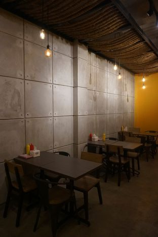 Foto review Kedai Roti Bule oleh Prido ZH 32