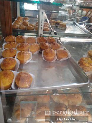 Foto 9 - Makanan di ET Bakery oleh UrsAndNic