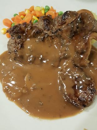 Foto 3 - Makanan di Joni Steak oleh Stallone Tjia (@Stallonation)