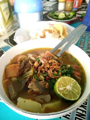 Foto - Makanan(soto mie + nasi) di Soto Mie Pak Kumis oleh kulinerjabodetabek