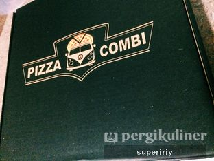 Foto 3 - Interior di Pizza Combi oleh @supeririy