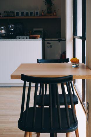 Foto 3 - Interior di Ardent Coffee oleh Indra Mulia