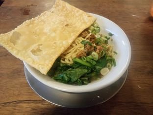 Foto 1 - Makanan di Bakso So'un & Mie Ayam Lodaya oleh Chris Chan
