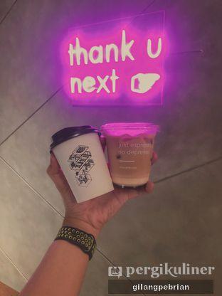 Foto 5 - Makanan(es kopi susu senda gurau, hot mochaccino) di Cecemuwe Cafe and Space oleh Gilang Pebrian