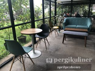 Foto 7 - Interior di Semusim Coffee Garden oleh Cubi