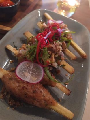 Foto 3 - Makanan(sate lilit) di Gioi Asian Bistro & Lounge oleh Rika