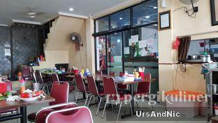 Foto 6 - Interior di Makassar Seafood Pelangi oleh UrsAndNic