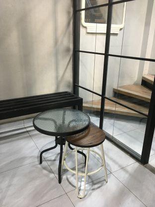 Foto 18 - Interior di Meneed Coffee Cuts oleh Prido ZH