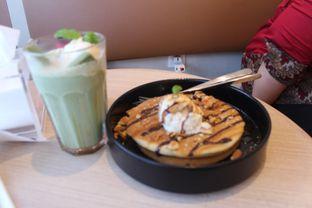 Foto 7 - Makanan(Matcha kitkat caramel) di Coffeeright oleh Pria Lemak Jenuh
