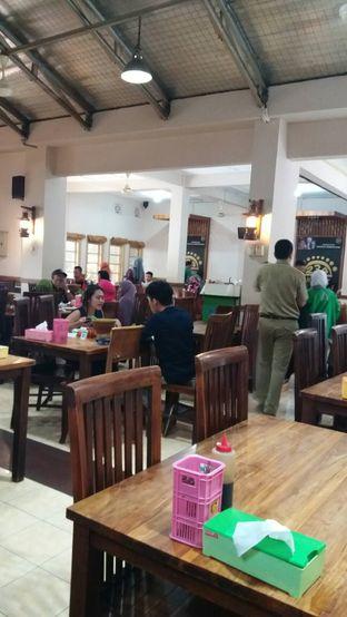 Foto 3 - Interior di Sambel Hejo Natuna oleh Food Bantal