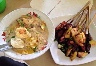 Foto - Makanan di Sop Kaki Kambing & Sate Ayam Udin Kumis 199 oleh Andrika Nadia