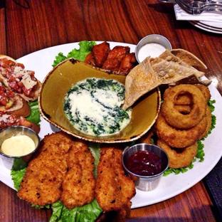 Foto 2 - Makanan di Hard Rock Cafe oleh Mitha Komala