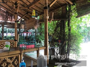 Foto review Saung Bangker Cafe & Resto oleh Hungry Mommy 5
