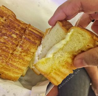 Foto 2 - Makanan di Bolu Bakar Tunggal oleh @kulineran_aja