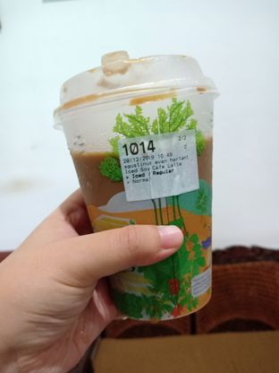 Foto - Makanan(Iced Soy Coffee Latte) di Fore Coffee oleh Florentine Lin