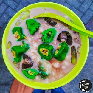Foto review Es Pisang Ijo Kolor Mangge oleh NJAJANTOK SURABAYA 1