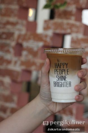Foto review Pigeon Hole Coffee oleh Jakartarandomeats 1