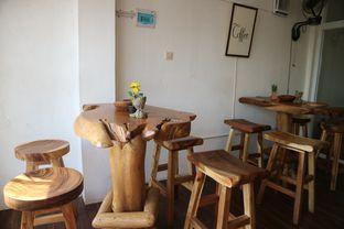 Foto 10 - Interior di Groots Coffee oleh yeli nurlena