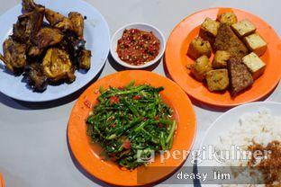 Foto 6 - Makanan di Nasi Uduk Kota Intan (Aweng) oleh Deasy Lim