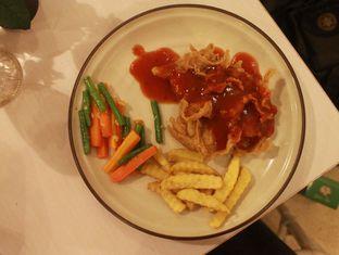 Foto - Makanan(Chicken steak crunchy) di Huk Garden Family Resto oleh Aries Xfuers