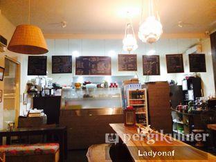 Foto 8 - Interior di HaloNiko! oleh Ladyonaf @placetogoandeat