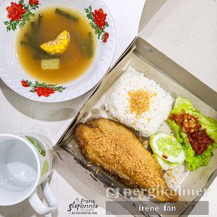 Foto - Makanan di Ayam Goreng Karawaci oleh Irene Stefannie @_irenefanderland