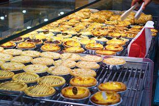 Foto 1 - Makanan di Golden Egg Bakery oleh iminggie