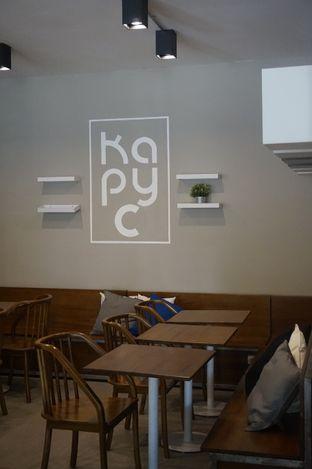 Foto 4 - Interior di Kapyc Coffee & Roastery oleh yudistira ishak abrar