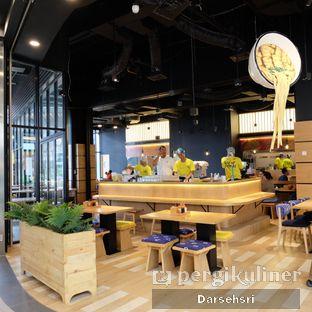 Foto 12 - Interior di Slap Noodles oleh Darsehsri Handayani
