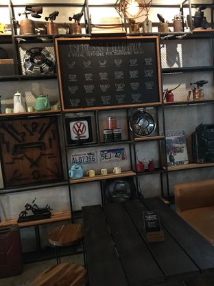 Foto 15 - Interior di Wheeler's Coffee oleh Mariane  Felicia