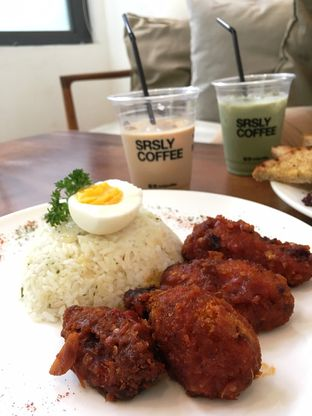 Foto 37 - Makanan di SRSLY Coffee oleh Prido ZH