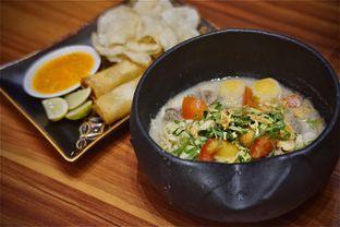 Foto 3 - Makanan(Soto Ala Nyonya) di Roemah Legit oleh Fadhlur Rohman
