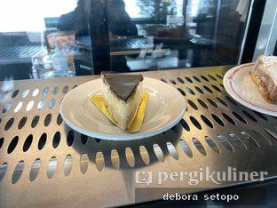 Foto review Saint Cinnamon & Coffee oleh Debora Setopo 4