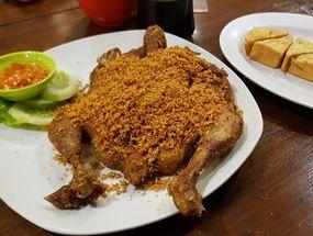 Foto Ayam Goreng Karawaci
