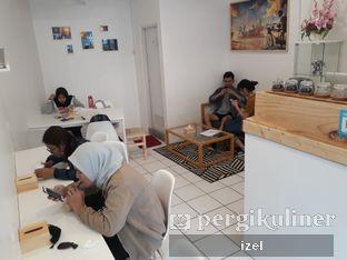 Foto 2 - Interior di Sans Coffee & Roastery oleh izel / IG:Grezeldaizel