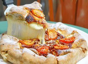 5 Keju untuk Pizza Selain Keju Mozarella yang Perlu Kamu Ketahui