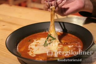 Foto 2 - Makanan di Tteokntalk oleh Farah Nadhya | @foodstoriesid