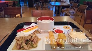 Foto 4 - Makanan di HokBen (Hoka Hoka Bento) -  Kartika Chandra Hotel oleh Jakartarandomeats
