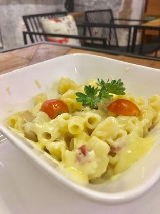 Foto 1 - Makanan di Artivator Cafe oleh Prido ZH