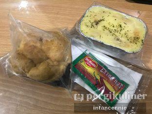 Foto 3 - Makanan di Rokue Snack oleh bataLKurus