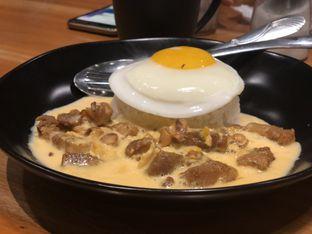 Foto 5 - Makanan(Salted Egg Pork Rice) di Warbiku oleh merrydju